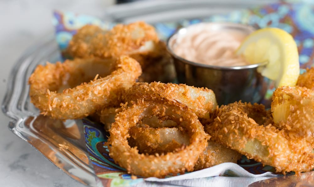 Keto Onion Rings w/ Curry Dip | The Hungry Elephant