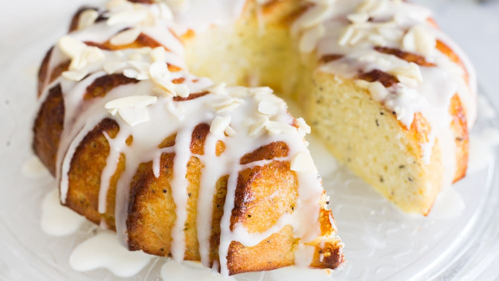 Keto Lemon Poppy Seed Cake With Lemon Glaze The Hungry Elephant