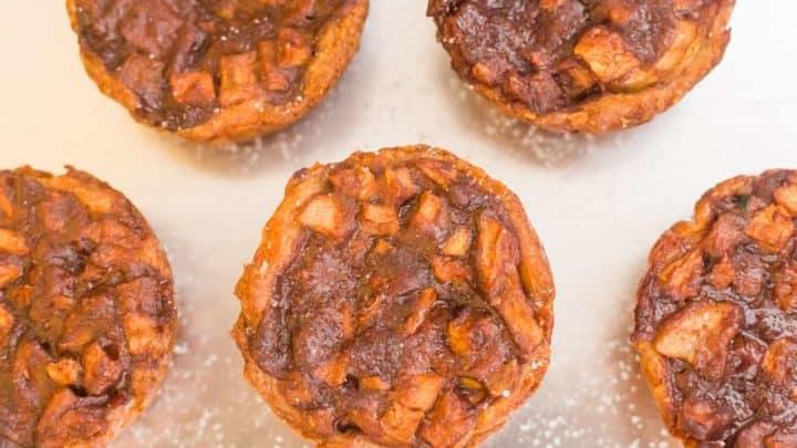 keto apple pie, keto apple pie recipe, recipe for keto apple pie, low carb apple pie, low carb apple pie recipe, keto friendly apple pie, keto apple pie crust, keto apple pie filling, low carb apple pie filling,