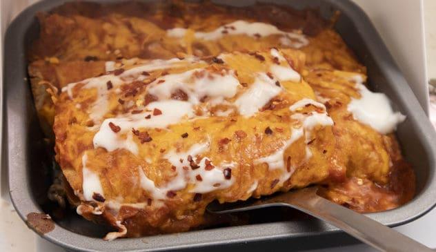 keto enchiladas, keto enchilada recipe, low carb enchilada recipe, low carb enchilada, keto enchilada sauce, low carb enchilada sauce, gluten free enchiladas,