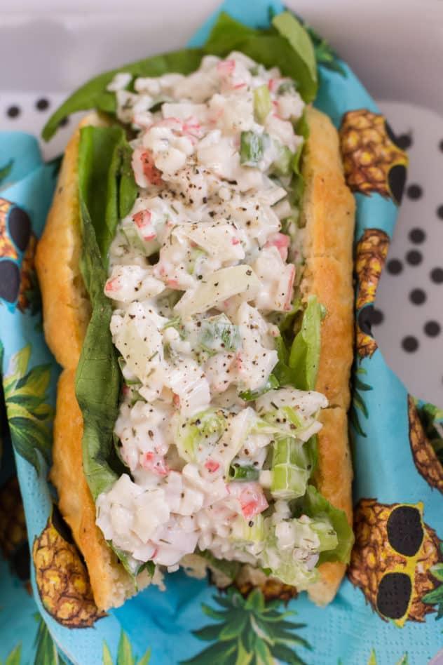 keto lobster roll, keto lobster roll recipe, keto hot dog bun, keto hot dog bun recipe, keto hot dog bun almond flour, easy keto hot dog bun, low carb lobster roll, keto crab roll, low carb lobster roll recipe, gluten free lobster roll