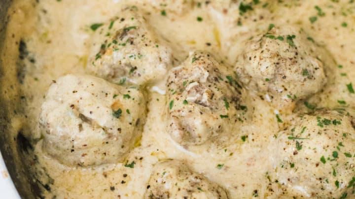 keto swedish meatballs, keto swedish meatballs recipe, low carb swedish meatballs, low carb swedish meatballs recipe, keto swedish meatball recipe, low carb swedish meatball recipe, how to make swedish meatballs, how to make keto swedish meatballs, gluten free swedish meatballs,