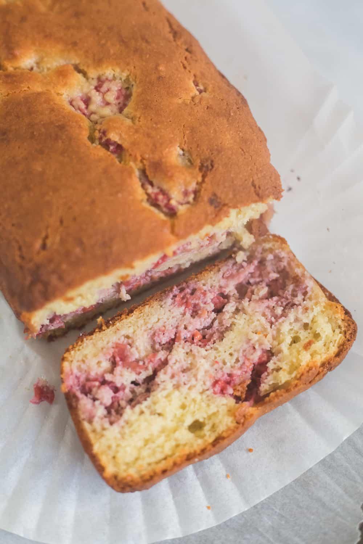 keto lemon raspberry loaf, keto lemon raspberry bread, keto lemon raspberry cake, low carb lemon raspberry loaf, low carb lemon raspberry cake, lemon raspberry loaf, gluten free lemon raspberry loaf,