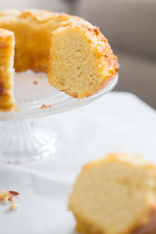 keto rum cake, keto rum cake recipe, keto rum pound cake, low carb rum cake, low carb rum cake recipe, sugar free rum cake, gluten free rum cake, how to make a keto rum cake